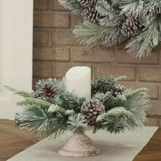 Looking for for inspiration for farmhouse christmas decor? Browse around this site for amazing farmhouse christmas decor pictures. This unique farmhouse christmas decor ideas looks brilliant. Diy Christmas Garland, Silver Christmas Decorations, Christmas Table Centerpieces, Christmas Balls, Christmas Home, Christmas Crafts, Table Decorations, Holiday Decor, Magical Christmas