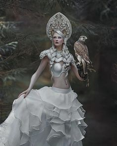 I just love falcons, especially this one ❤️ and I just want to share today my another fantasy image from this series with ethereal @mariaamanda_official model with my favourite falcon ever Crank  spectacular costume from dear @agnieszkaosipa ❤️️ #agnieszkalorek #mywork #instalove #instacool #fantasy #fairytale #fairy #kokoshnik #slavic #white #falcon #girlwithbird #hawk #ornaments #whitedress #armour #pearls #forest #magic #loveit #shoot #canon