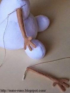 Molde Olaf e sua amiguinha.  Obs: Esse molde foi retirado da net =)  Bjokas