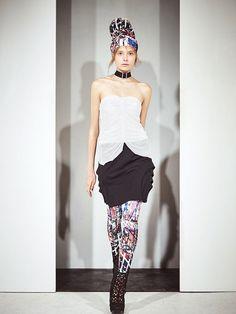 "The city's bones are on fashion trial. Meg Miura 2015 SS 都会の骸骨を連れ戻しに来た""闇""を華やかな服に。MEG miura 春夏2015"