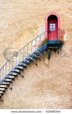 would hate to have to climb those stairs at the end of the day