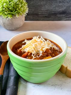 Ground Chicken, Ground Beef, Moroccan Spices, How To Can Tomatoes, Beef Broth, Chicken Chili, Chili Powder, Chili Recipes, Coriander