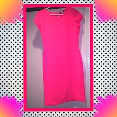 ℋᎾT ℙℐℕᏦ DRESS  Eye Catching UK2LA Dress 95% Poleyester JUNIOR LARGE- New Without Tags  perfect to wear to prom, dance, party, as a wedding guest, etc UK2LA Dresses Midi