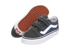 Vans Kids Old Skool V (Toddler/Youth) at VIP.Zappos.com