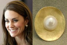 Kate Middleton Inspired Gold Hammered Pearl by OakTreeJunction Royal Jewelry, Pearl Jewelry, Jewelery, Silver Jewelry, Pearl Earrings, Gold Earrings Designs, Pearl Design, Duchess Kate, Designer Earrings