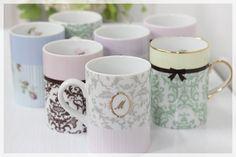 ポーセラーツ - Google 検索 Teapots And Cups, Kitchen Utensils, High Tea, Color Mixing, Contemporary Design, Dinnerware, Tea Pots, Whimsical, Decoration