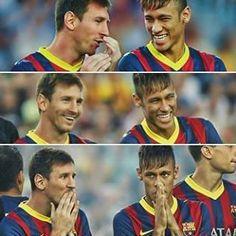 Messi and Neymar: perfect deadly combo at FC Barcelona! Messi And Neymar, Lionel Messi, Best Football Players, Soccer Players, Neymar Jr, Soccer Boys, Football Soccer, Ronaldo, Kun Aguero