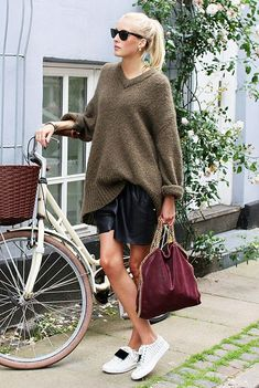 What Ellen Claesson is wearing: Acne Studios knit sweater; Acne Studios Adriana Striped Sneakers in White/Black; Stella McCartney Falabella Fold-Over Shoulder Bag in Plum. Cycle Chic, Looks Style, Style Me, Best Fashion Blogs, Fashion Trends, Fashion Outfits, Bici Retro, Bike Style, Balmain