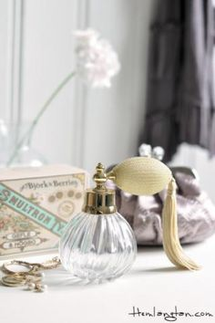 Perfume bottle pay attention to small details