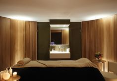 Using uplights as indirect lighting element to SPA, treatment room Spa Interior Design, Spa Design, Massage Room Design, Spa Treatment Room, Casa Cook, Spa Lighting, Spa Rooms, Cheltenham Spa, Spa Massage