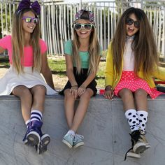 Street style denim shoot and collaboration with Jenna Ortega, Love Zahara and Trista Pezsko. Dressed by Kidz Kandii distressed denim look for tweens. Preteen Fashion, Cute Kids Fashion, Girl Fashion, Fashion Blogs, Cute Girl Outfits, Dope Outfits, Kids Outfits, Tween Girls, Cute Girls
