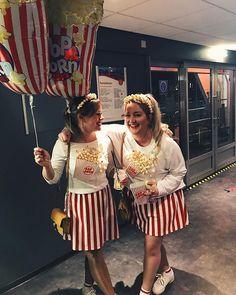 Inspiration & Accessoires: Popcorn Kostüm Make Up selber machen Diy Carnival, Carnival Outfits, Carnival Costumes, Costume Halloween, Halloween Outfits, Halloween Make Up, Up Costumes, Costumes For Women, Costume Ideas