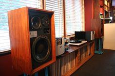 Vintage Chapman Sound Model 310 Speakers - Made in Washington - US