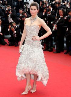 Jessica Biel in Marchesa for 'Llewyn' Cannes premiere: swan-fug or lovely?