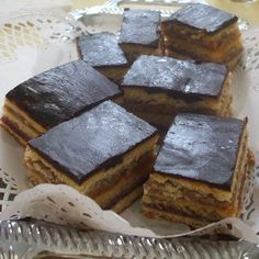 Zserbo Recipe, Hungarian Recipes, Hungarian Food, Sweets, Hungary, Cooking, Food Ideas, Foods, Kitchen