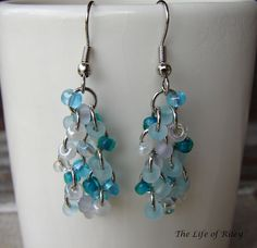 Love these!  The Life of Riley: Double Beaded Dangly Earrings Tutorial