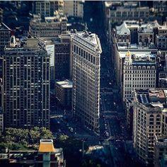 Dazzling  by #newyork_photographer : @beholdingeye    mention and tag @newyork_photographer to get reposted   #newyork #newyorker #newyork_ig #newyorknewyork #newyorklife #newyorkcity #ny #photographer #newyorkphotographer #photographer