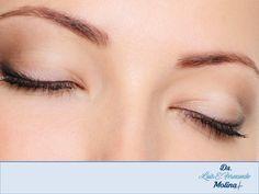 #drfernandomolina DR. FERNANDO MOLINA GALEANA. Antes de someterse a una cirugía de parpados o blefaroplastia, es importante que conozca la experiencia de su cirujano para realizar este procedimiento, pues generalmente esta cirugía debe ser realizada por especialistas en cirugía plástica, maxilofacial u oftalmología para poder obtener mejores resultados. Le invitamos a visitar la página del Dr. Fernando Molina Galeana para conocer su experiencia y trayectoria. www.drmolinagaleana.com