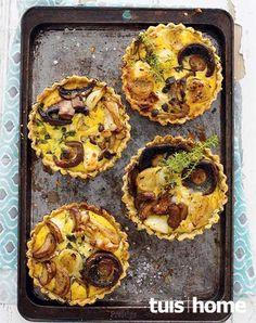 Die geheim van 'n lekker quiche? Quiches, African Bread Recipe, My Favorite Food, Favorite Recipes, Thanksgiving Snacks, Tasty Chocolate Cake, Savory Tart, South African Recipes, Quiche Recipes