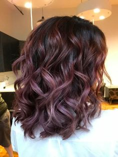 50 Purple Hair Color Ideas for Brunettes You Will Love in Purple hair color ideas for brunettes is in, ladies! When work comes to hair color ideas which can truly flatter any skin tone, purple hair colors are. Winter Hairstyles, Pretty Hairstyles, Men's Hairstyle, Formal Hairstyles, Brunette Hairstyles, Simple Hairstyles, Braid Hairstyles, Wedding Hairstyles, Medium Hairstyles
