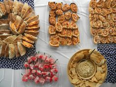 Delicious ideas for graduation party buffets - all transportable and easy!