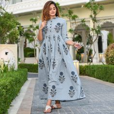 Discover Latest & Trendy Clothing & Accessories like Picnic Cotton Dress online in Best Price! Casual Gowns, Casual Frocks, Pakistani Dresses Casual, Indian Gowns Dresses, Stylish Dresses, Cotton Dress Indian, Cotton Long Dress, Long Gown Dress, Frock Dress