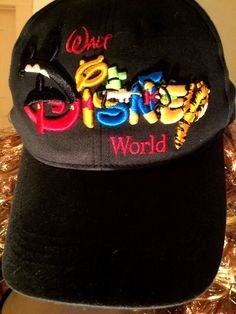 8b9d180f52626  5 Disney World Winnie the Pooh Motif Black Cotton Adult One Sz Baseball Cap  Hat Snap