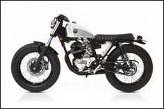 'The Hiku' a Yamaha Scorpio custom build by Deus Canggu