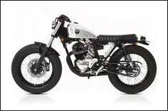 'The Hiku' a Yamaha Scorpio custom build by Deus Canggu