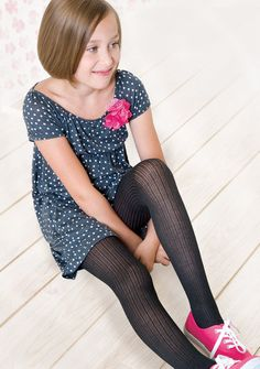 22 New Ideas For How To Wear Black Tights Girls - Kindermode Ideen Preteen Girls Fashion, Young Girl Fashion, Kids Outfits Girls, Kids Fashion, Girl Outfits, Cute Outfits, Cute Dresses For Party, Cute Girl Dresses, How To Wear Shirt