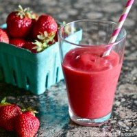 http://www.urbanblisslife.com/2013/07/05/food-bliss-watermelon-strawberry-smoothies/