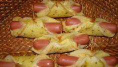O Enroladinho de Salsicha com Pão de Forma é um lanche prático e delicioso para toda a família. Faça hoje mesmo! Veja Também:Torta de Salsicha de Liquidif