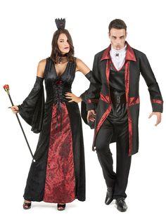 Déguisement de couple vampire rouge et noir Halloween : Déguisement vampire femmeCe déguisement de vampire pour femme se compose d'une robe, d'un ras de cou, d'une coiffe, et d'une paire de manches (chaussures non inclus). La...