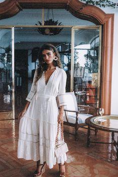 Amalfi On Film - Spell & The Gypsy Collective Boho Chique, Estilo Boho Chic, Bohemian Mode, Bohemian Style Dresses, Bohemian Fashion, Casual Dresses, Fashion Dresses, White Boho Dress, White Dress Summer