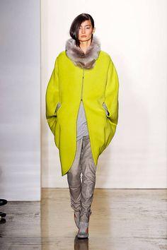 Zero + Maria Cornejo Fall 2012 Runway - Zero + Maria Cornejo Ready-To-Wear Collection - ELLE