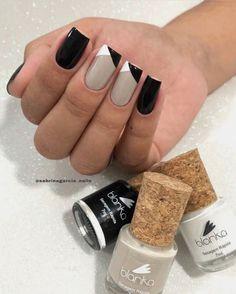 What manicure for what kind of nails? - My Nails Gelish Nails, Diy Nails, Cute Nails, Pretty Nails, Summer Acrylic Nails, Pastel Nails, Bling Nails, Glitter Nails, Tape Nail Art