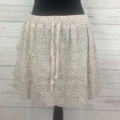 "Lou & Grey skirt Lou & Grey skirt Sz S 72% cotton 25% nylon 3% other fibers  15"" long Lou & Grey Skirts Mini"