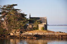 Chapelle de l'ile Boédic, golfe du Morbihan, Brittany