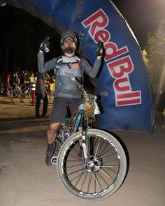 Here's Carlos from our Pacific Beach store at the finish line of the 2016 Clasico Paseo Nocturno on his Giant Trance Advanced 1 equiped with Mavic Crossmax XL wheels. #ItsYourWorldRideIt #ridelife #ridegiant #mavic #fiveten #TeamPelavacas #rockshox #niterider #sandiego #bicycle #bikes #bicyclewarehouse