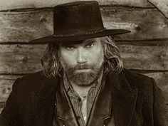 The official site of AMC's original series Hell on Wheels. Get the latest full episodes, news, photos, video extras and more.