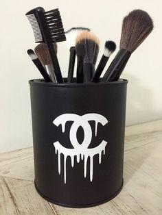 Porta pincéis Chanel Fake - Ateliê Laço Rosa