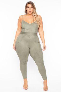 Plus Size Faux-Suede Marilyn Jumpsuit - Olive– Curvy Sense Curvy Women Fashion, Plus Size Fashion, Trendy Plus Size Jumpsuits, Occasion Jumpsuits, Plus Size Beauty, Plus Size Casual, Overall, Plus Size Women, Belly Bandit