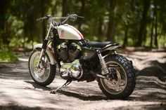 Harley-Davidson XL1200C Sportster by Hageman Cycles - motosstyles.fr