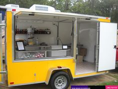 To create a new food truck you can get help from the custom electric kitchen builders. You can prepare food with the help of the food truck where you can instantly prepare the food items and deliver them to the people. Food Trailer For Sale, Food Truck For Sale, Trailers For Sale, Trucks For Sale, Used Food Trucks, Custom Food Trucks, Concession Stand Food, Concession Trailer For Sale, Kitchen Builder