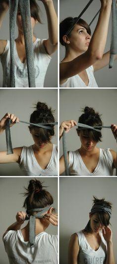 巻き方も簡単。両端を揃え、後頭部から回し、前頭部でクロスし引っ掛けます。後ろに戻し結びます。スカーフも同じ要領で巻くことが出来ますね。