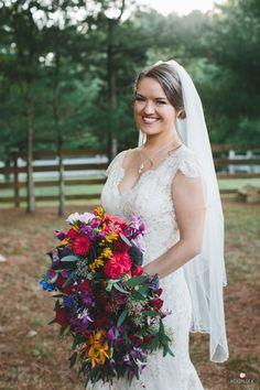 Photography : Lindsay Hite / READYLUCK Read More on SMP: http://www.stylemepretty.com/massachusetts-weddings/mattapoisett/2016/03/16/sweet-rustic-at-home-summer-wedding/