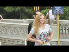 Scavenger Hunt Proposal at Disney World's Magic Kingdom. WAIT! THIS is the cutest/best proposal EVER! LOL! (Oh the random videos you stumble on while on Youtube lol!)