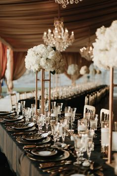 This art deco Biltmore Estate wedding is elegance at its best. All Bliss Photography perfectly captured the beauty of the day.