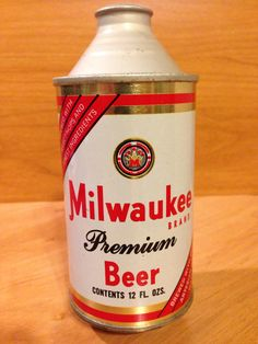 Milwaukee Brand Premium Beer Waukee Brewing Co. Hammonton, NJ Unlisted (Like 100-3)
