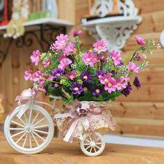 ༺✿ Flower Pedals ✿༻ ༺✿ Baskets of Flowers Riding Bicycles ✿༻ Bicicleta con flores Ikebana, Flower Decorations, Table Decorations, Romantic Cottage, Vintage Flowers, Pink Flowers, Colorful Flowers, Table Centerpieces, Floral Arrangements